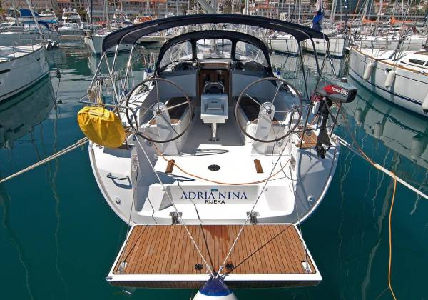 Bavaria Cruiser 37 Adria Nina